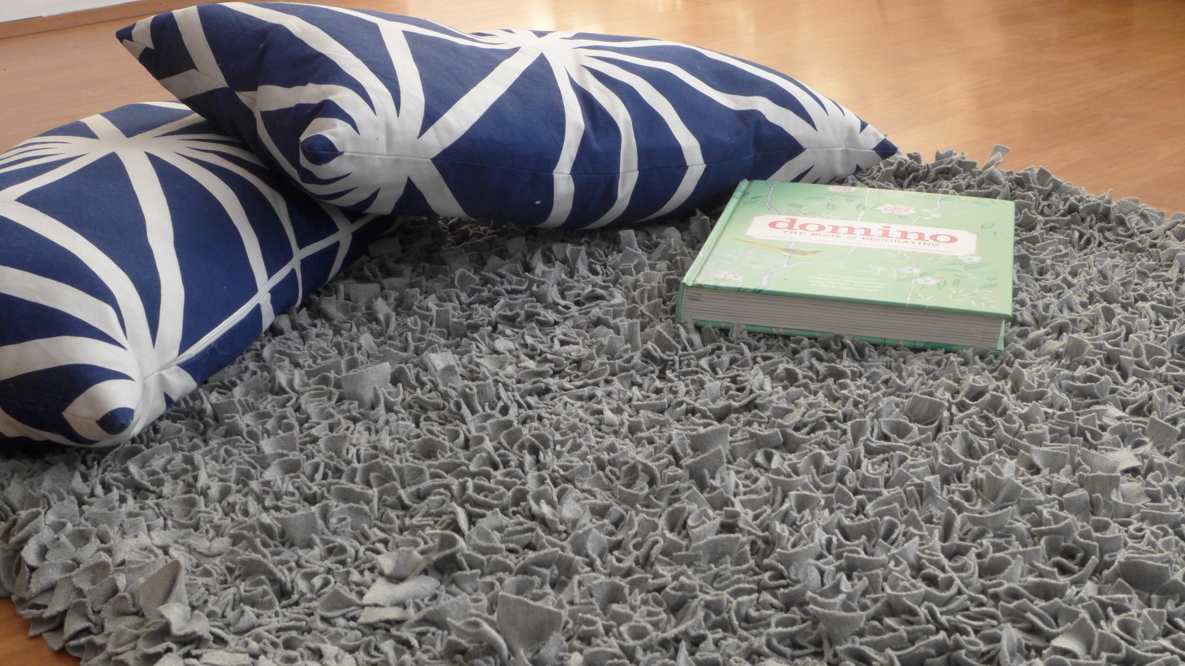 alfombra de tela y nudos