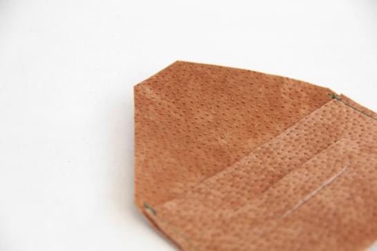 porta-tarjeta-cuero-diy-4