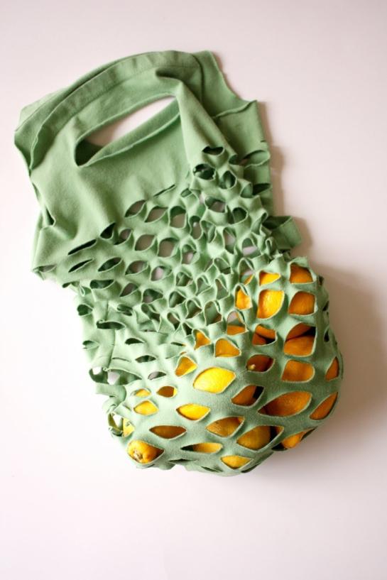 reciclar-camiseta-bolsa-compras-diy