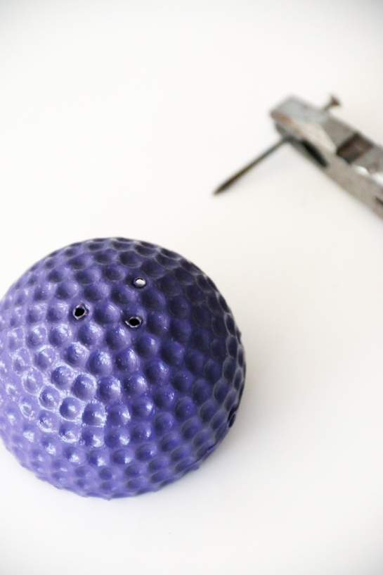 macetero.bola.plastica-diy-2