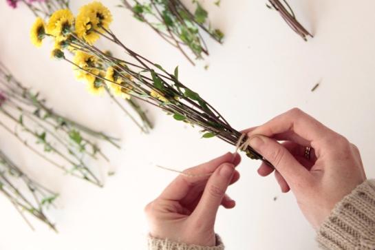 paso 2-guirnalda-flores-diy